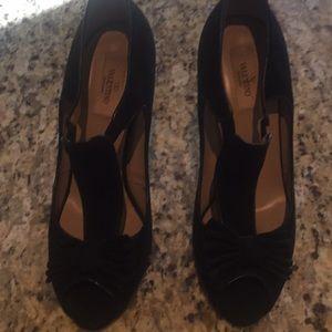Valentino black suede t strap 4 inch heels